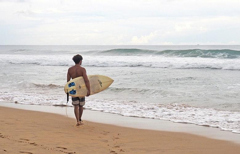 Surfing-min